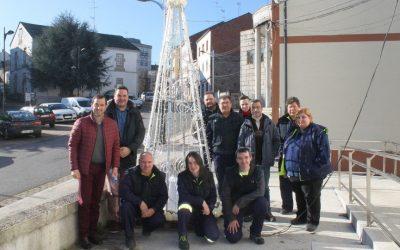 O Concello de Cospeito inaugura o Nadal cun alumeado 100% artesanal