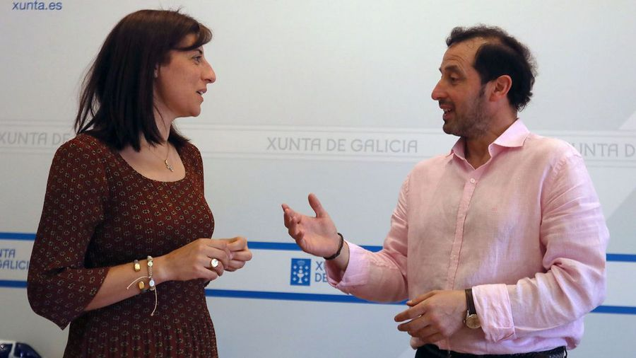 El alcalde se reune con la Conselleira de Medio Rural, Ángeles Vázquez para seis parcelarias